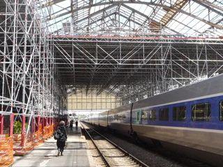 L'ambuleuse et son baluchon, Gare de La Rochelle, 2008