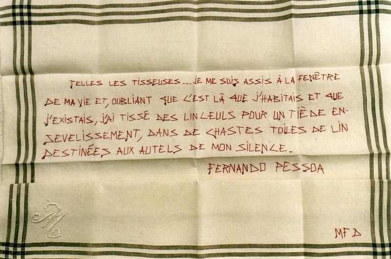 Mouchoir de deuil_PESSOA  Le livre de l'intranquillité_mfd,2005