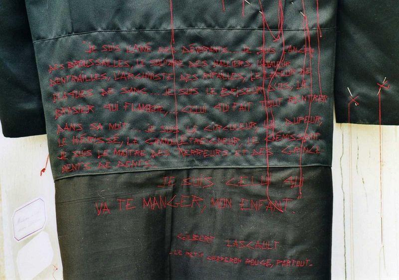 Manteau de loup doublé Chaperon (dos-détail) mfd, 2002