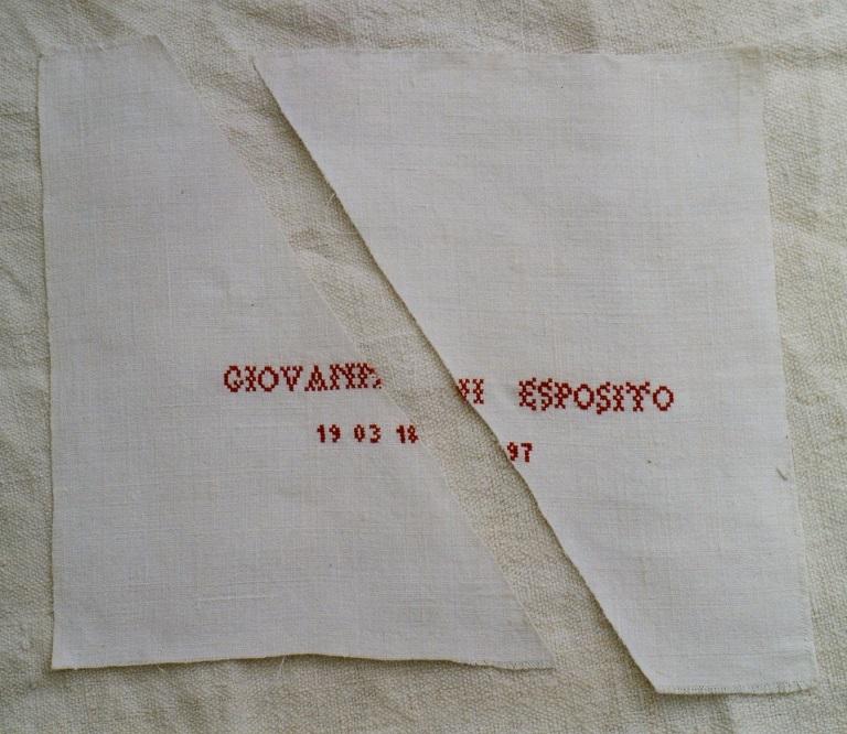 7 Giovanni Esposito_Mouchoir d'enfant trouvé_ Création mfd, 1996