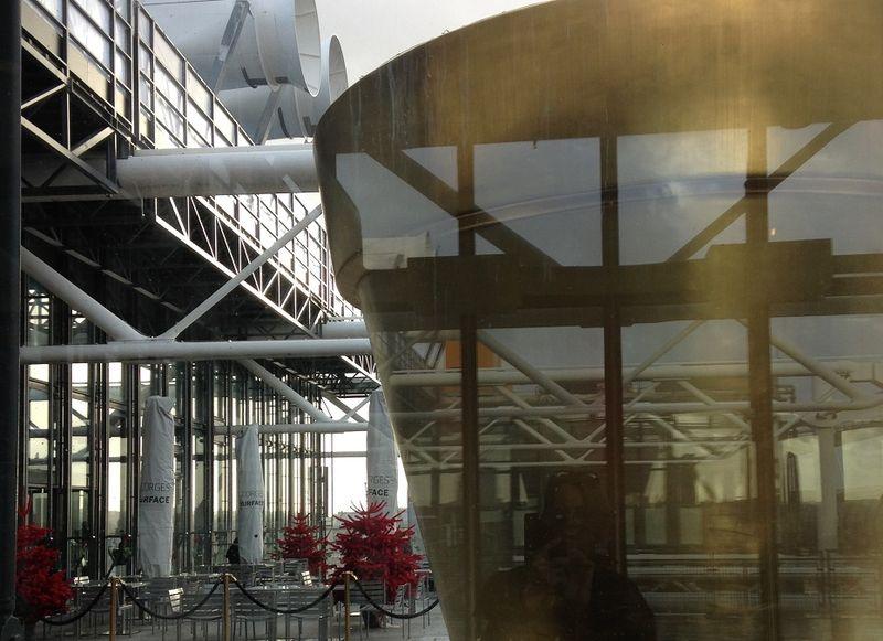 Mfd, autophoto mise en pot_ PARIS, Centre Pompidou, 01 2014