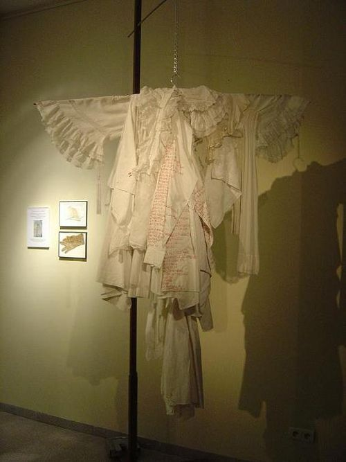 CASANOVA (manteau de mémoire) mfd, Centre Culturel d'ATH, 2004