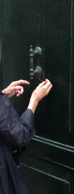 Mfd dépôt d'un fil rougeà la porte de  la maison d'Alde Manuce