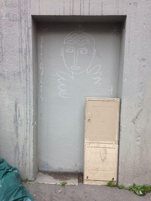 2015 02 07 Réapparition de l'ange. Paris, rue Gassendi.