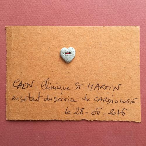 Coeur en bouton  glané à CAEN le 28 06 2016