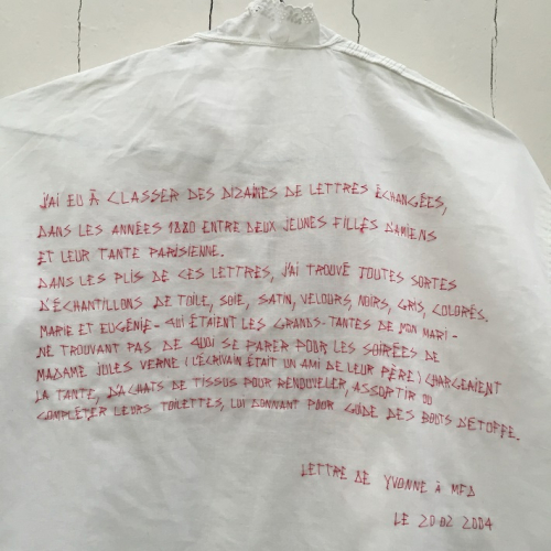 Histoire de Vécu. Yvonne, 2004
