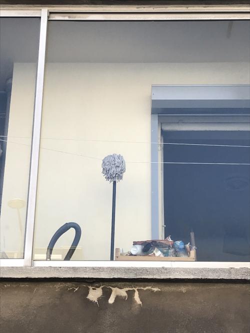 4  La joconde est au balcon rue des Martegales